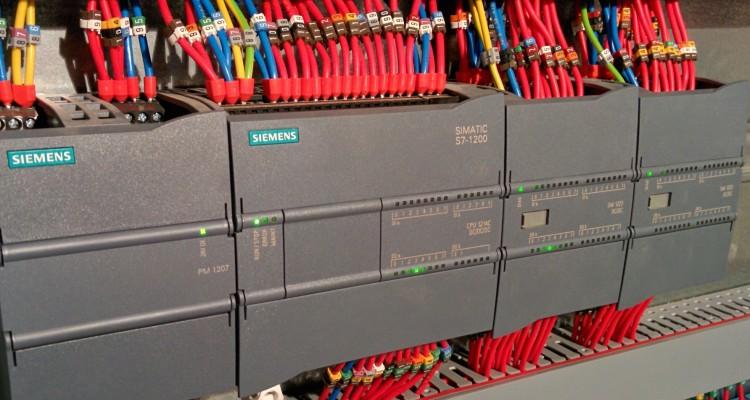 Управление освещением при помощи контроллера Siemens S7-1200